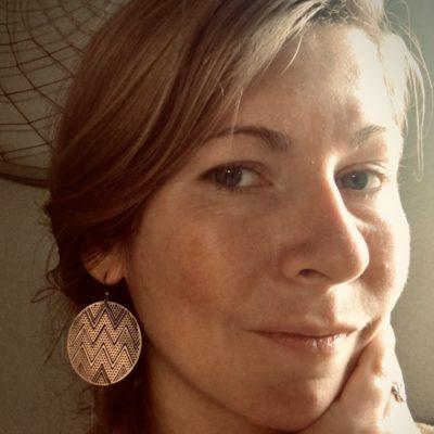 Jasmine Lewis, LMT| Backs on Burnside